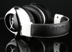 HyperX Cloud white stitching